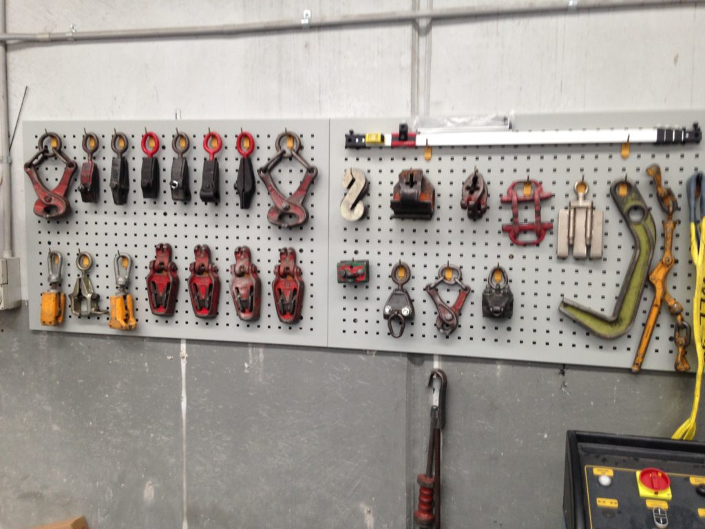 store panel beating tools
